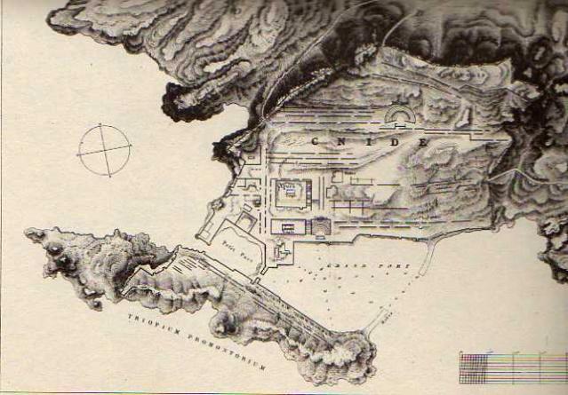 Tekir Burnu olarak adlandırılan yarımadanın ucunda yer alan Knidos Antik Kenti ise Datça'ya yolu düşenlerin görmesi gereken önemli antik yerlerden biri.
