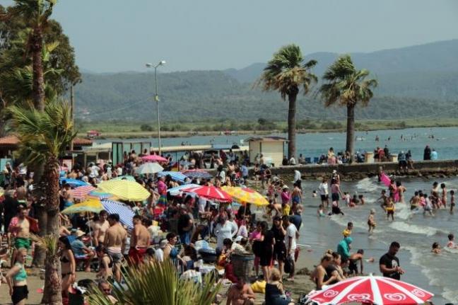 Tatilcilerle Nüfusu 6 Milyona Çıkan Muğla'da Vaka Sayısında Yüzde 100 Artış