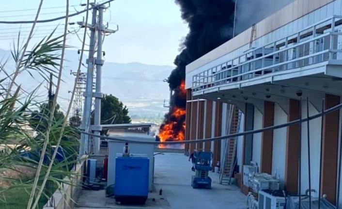 Plastik Kasa Fabrikasında Korkutan Yangın!