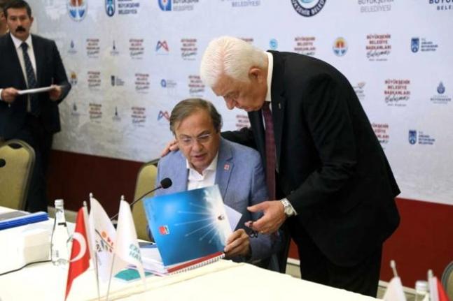 Başkan Gürün Büyükşehir Başkanlar Toplantısına Katıldı