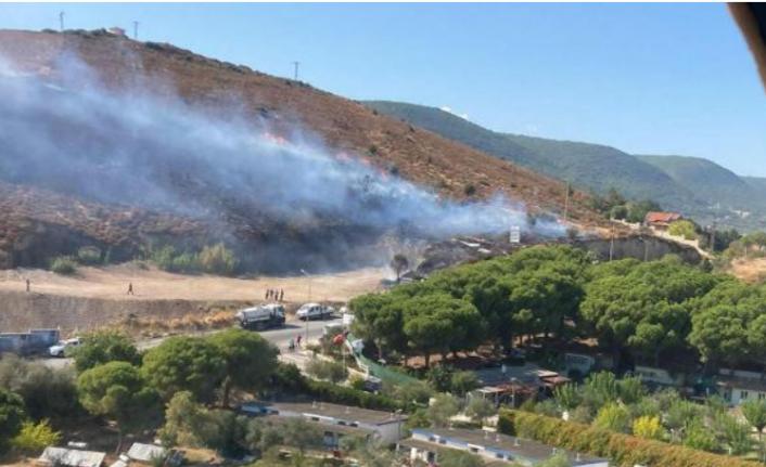 İzmir'de İki Yangın Birden Çıktı!