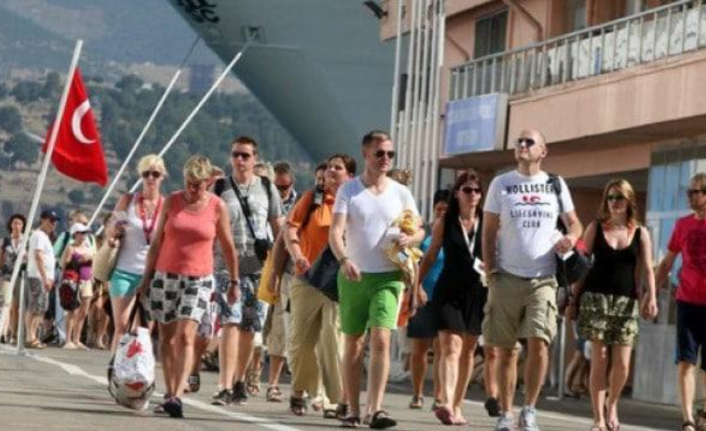 Turist Sayısında 21 Aylık Gerileme!