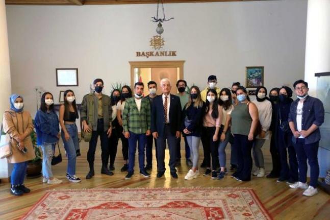 Başkan Gürün, Üniversite Öğrencileriyle Buluştu