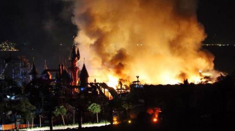 Bodrum'daki 5 Yıldızlı Otelde Yakıt Patlaması Sonucu Yangın Çıktı