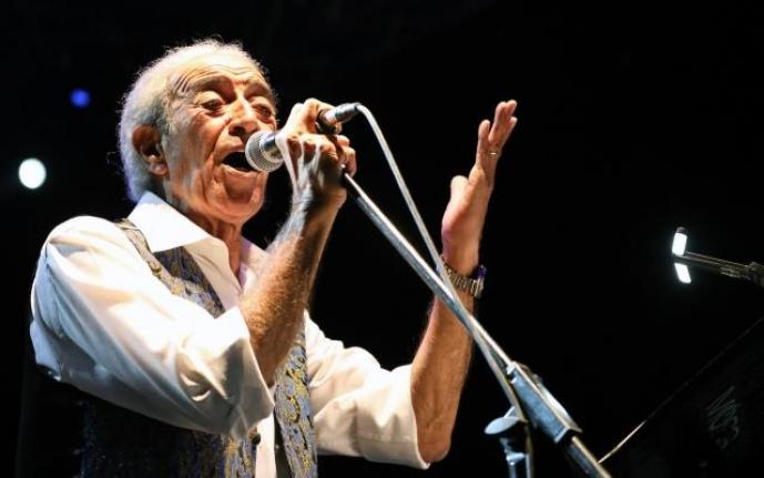 Edip Akbayram Menteşe'de Sevenleriyle Buluştu