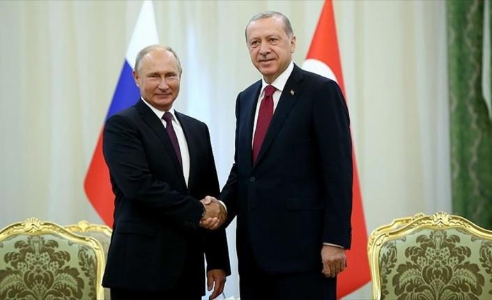 PUTİN TÜRKİYE VE RUSYA'NIN İŞ BİRLİĞİNE ÖVGÜDE BULUNDU