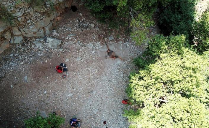 FETHİYE'DE POLONYALI TURİSTİN FECİ ÖLÜMÜ: 230 METREDEN DÜŞTÜ