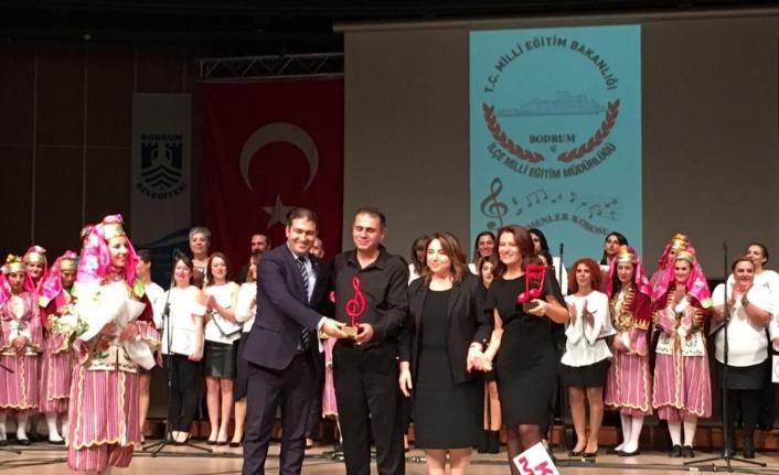 Bodrum'da Öğretmenler Korosu Büyük Beğeni Topladı