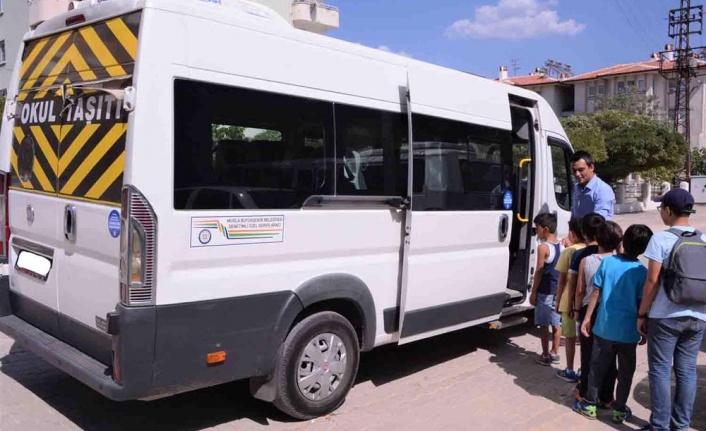 395 Okul Servisi Trafikten Men Edildi 2326 Sürücü Ceza Aldı