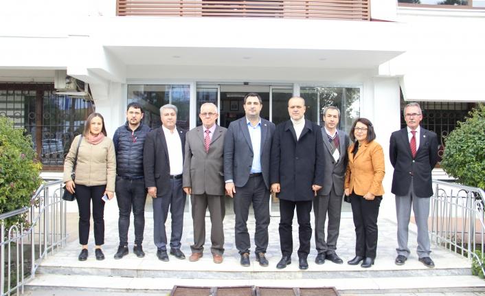 Evren Tezcan ve Yönetimi Başkan Alim Uzundemir'i Ziyaret Etti