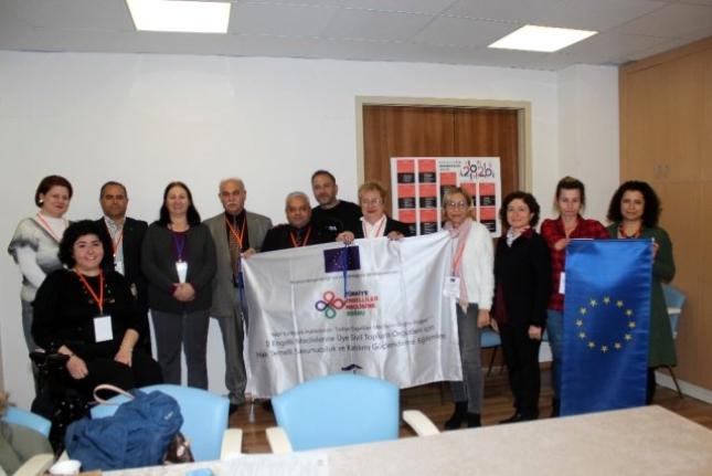 Muğla'da Hak Temelli Savunuculuk ve Katılımı Güçlendirme Eğitimi