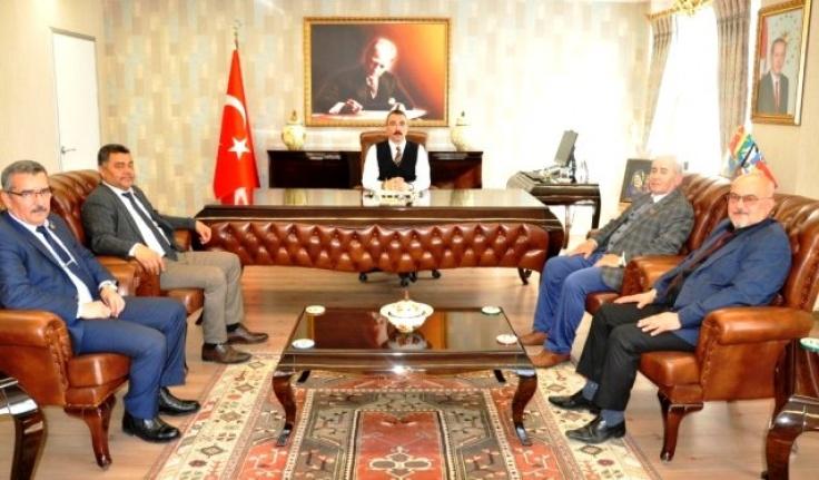 Muhtarlar Federasyonu Milas'ta Kaymakam Arslan'ı Ziyaret Etti