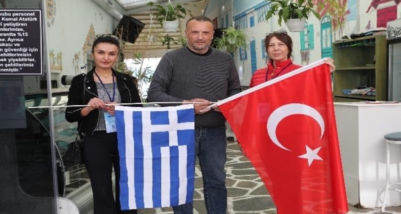 Bodrum'da Yunan Vekile 'Bayrağa Saygı' Dersi