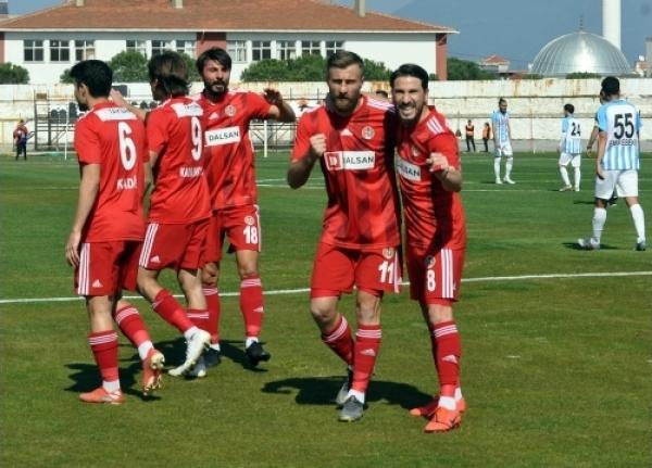 Fethiyespor, Turgutluspor'a Tek Golle Boyun Eğdi!