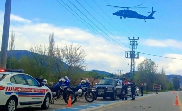 Ortaca'da Jandarmadan Helikopterle Trafik Denetimi