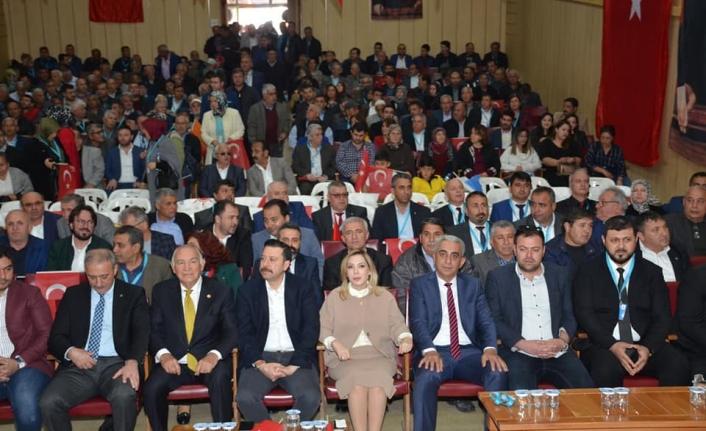 AK Parti, Dalaman İlçe Kongresinde Şefik Oğuz ile Devam Dedi!