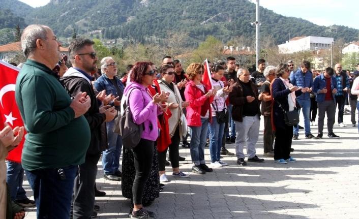 Fethiye'de, İdlib Şehitleri İçin Yürüyüş ve Konvoy Düzenlendi