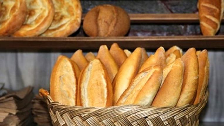 """Pakdemirli, """"Ekmek Satışları Sadece 2 İşletmede Yapılacak"""""""