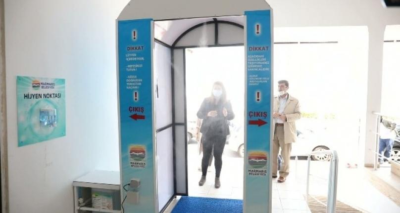 Marmaris'te Hijyen Tüneli Kurumlara Takılmaya Başladı