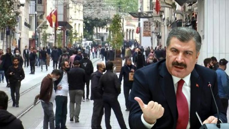 Bakan Koca, İstiklal Caddesi'ndeki Kalabalığı Eleştirdi!