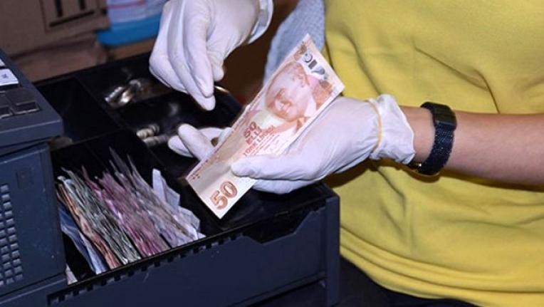 Uzmanlardan Uyarı: Para Sayarken Elinizi Yalamayın