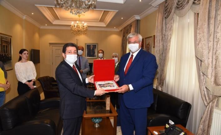"""Büyükelçi Sybiha: """"Ukraynalılar Güvenli Tatil İçin Türkiye'yi Tercih Ediyor"""""""