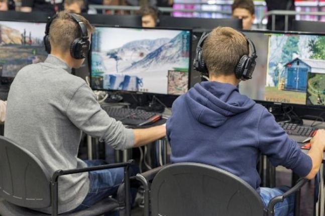 İnternet Kafeler ve Oyun Salonları 1 Temmuz'da Açılıyor