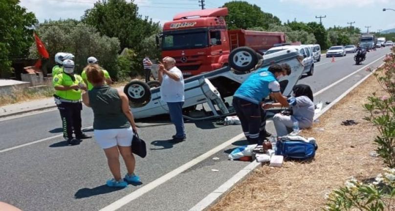 Muğla'da Kaza: Araç Bariyerlere Çarpıp Takla Attı!