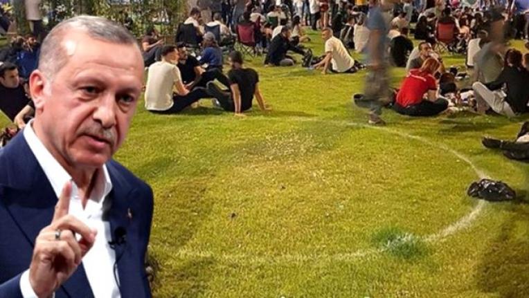 Sosyal Mesafenin Hiçe Sayıldığı Fotoğraflar Erdoğan'ı Kızdırdı