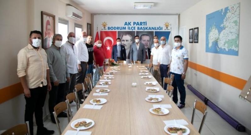 Başkan Ahmet Aras'tan Siyasi Partilere Ziyaret Etti