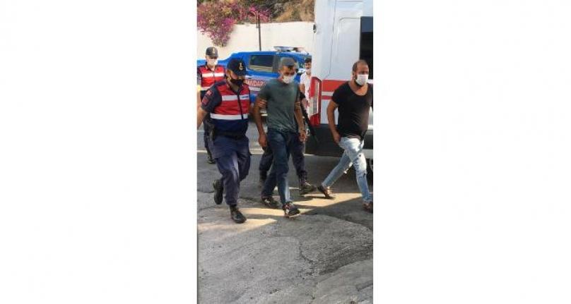 Bodrum'da 2 Kişiyi Öldüren Zanlı Börek Yerken Yakalandı!