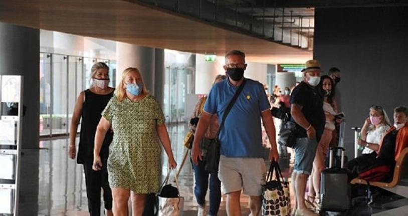 İngiliz Turistler İçin Güvenli Tatilin Adresi Türkiye Oldu