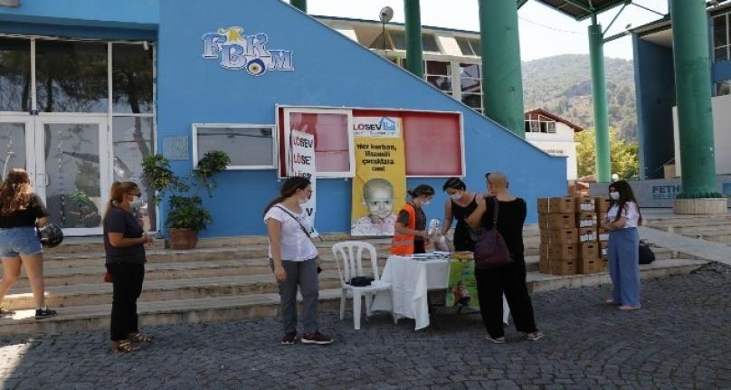 LÖSEV'den Fethiye'deki Hastalara Gıda Yardımı
