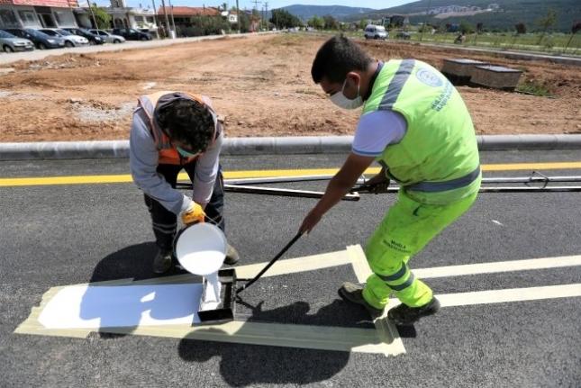Muğla Büyükşehir 5 Bin 883 Kilometre Yol Çizgisi Yaptı