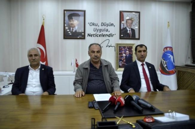 Partilerinden İstifa Eden 3 Belediye Başkanı AK Parti'ye Geçti