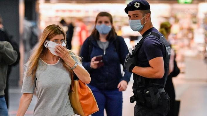 Almanya, AB Dışındaki Ülkelere Seyahat Uyarısını 14 Eylül'e Kadar Uzattı