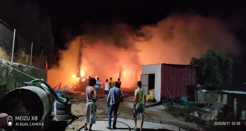 Milas'ta Yaşanan Samanlık Yangını Büyümeden Söndürüldü