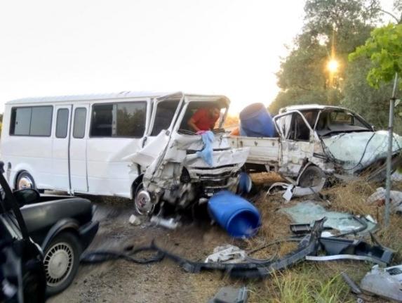 Milas'ta Zincirleme Trafik Kazası: 2 Yaralı