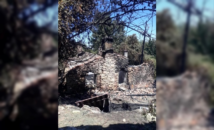 Muğla'da Müstakil Taş Ev Yandı!