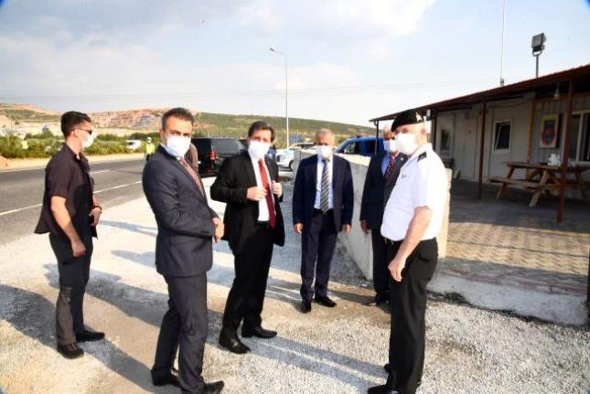 Vali Orhan Tavlı, Trafik Tedbirlerini Yerinde İnceledi