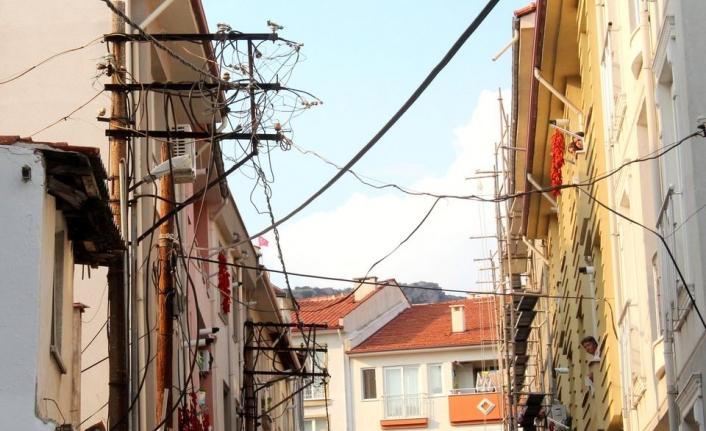 """Muğla'da Esnaf İsyan Etti: """"Bu Üç Sokak Yöneticilerimizin Portresi"""""""