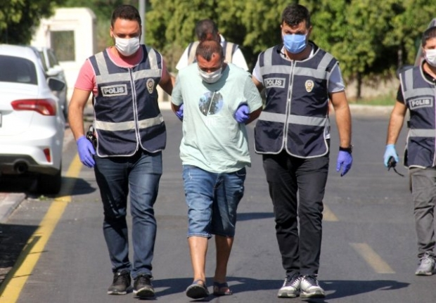 Milas'ta Market Sahibini Darbeden Şahıs Adana'da Yakalandı!