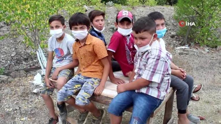 Muğla'da, İmam Evini Öğrencilere Açtı: İnterneti Olan Tek Ev Okul Oldu!