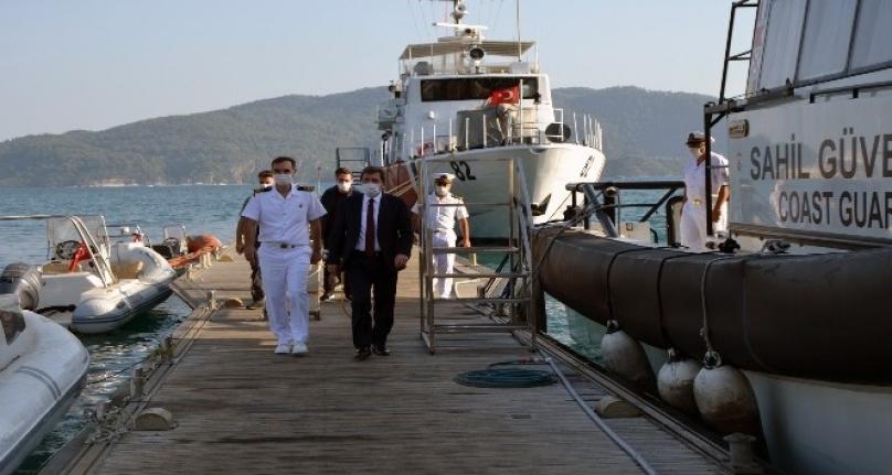 Vali Tavlı Sahil Güvenlik'i Ziyaret Etti
