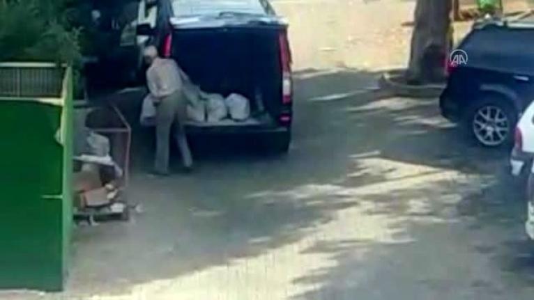 Bodrum'da Çöplerin Yanına İnşaat Atığı Bırakan Kişiye Para Cezası