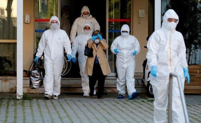 Bursa'da Koronavirüs Artışı Nedeniyle Hastanelere Yatak İlavesi Yapılıyor