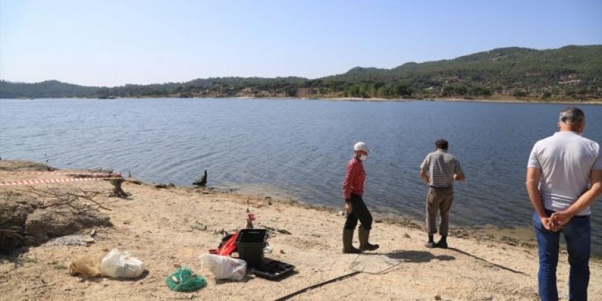 Oltasına Takılan Balığı Çıkarmak İsterken Boğuldu