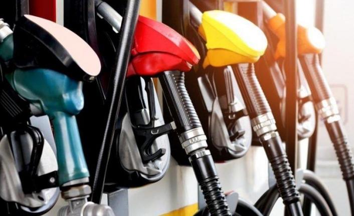 Benzin Ve Motorin Fiyatlarına İndirim Geliyor !