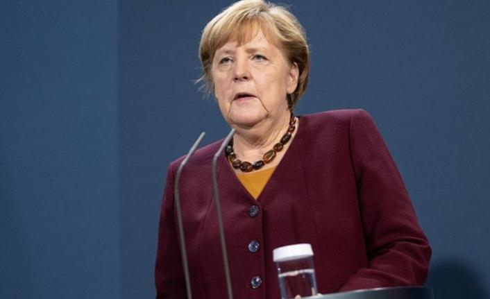 Merkel: Türkiye'ye Yaptırım İhtimali 10 Aralık'taki AB Zirvesinde Görüşülecek