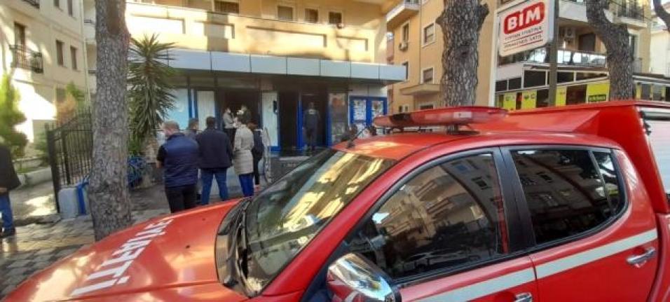 Milas'taki Yangında Markette Büyük Zarar Oluştu